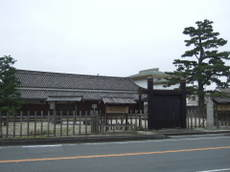 2009_08040087