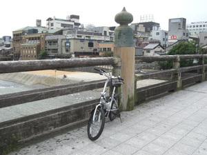 2011_09260075
